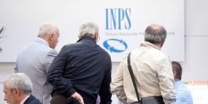 17/05/2012 Roma, in corso alla Fiera di Roma il Forum della PA 2012. Nella foto lo stand dell' INPS Istituto Nazionale della Previdenza Sociale