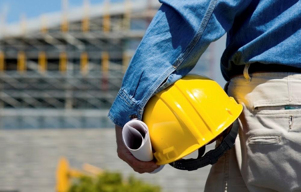 Risultati immagini per incidente muore sul lavoro